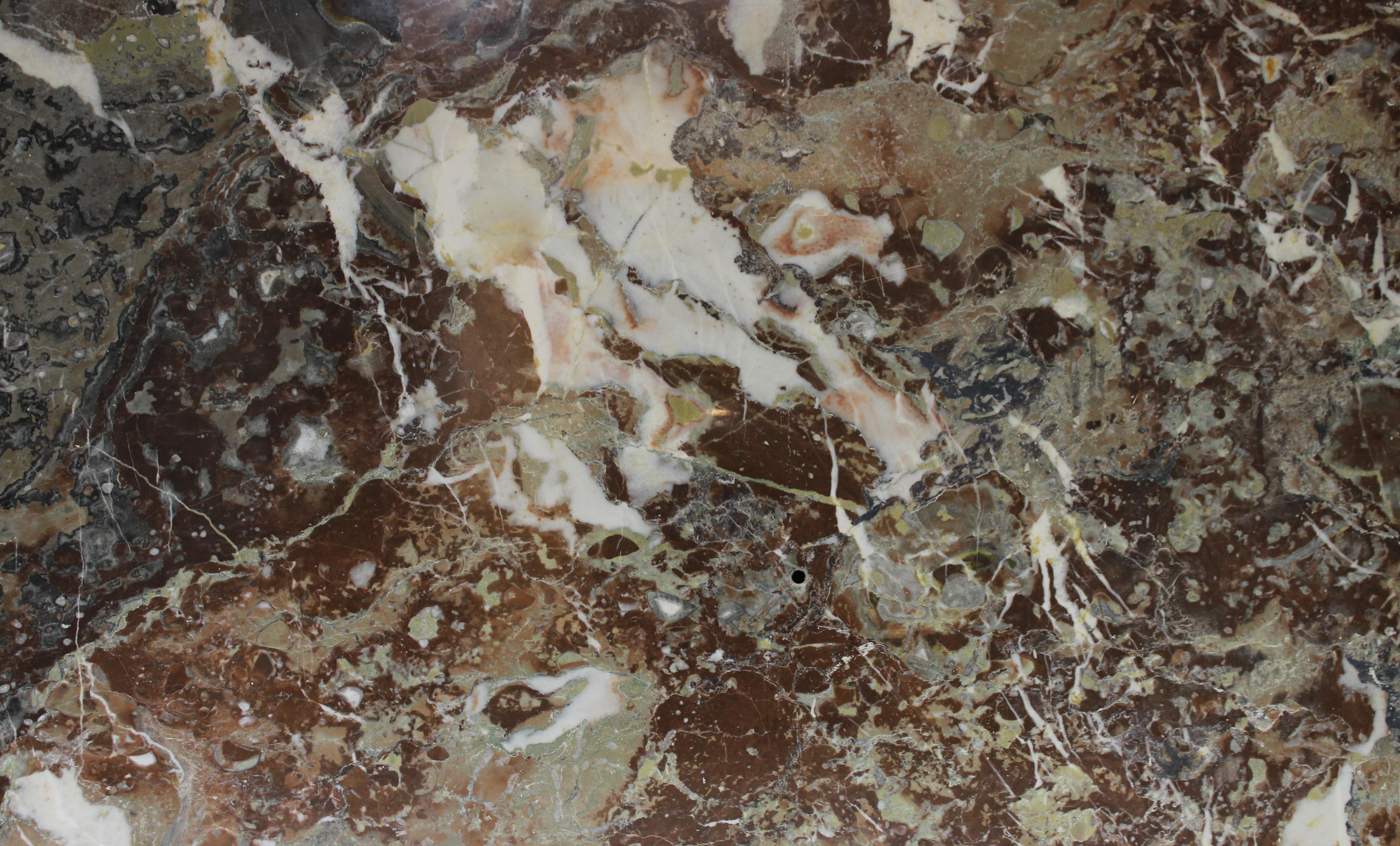 Rance Marbre de  83 x 51 cm B00