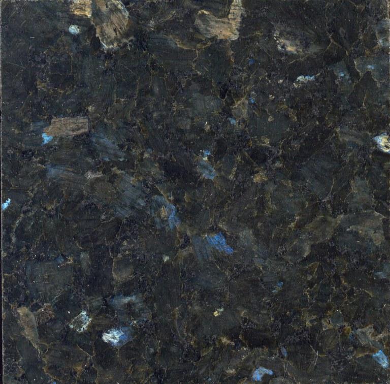 Labrador vert (Larvikiet) M397