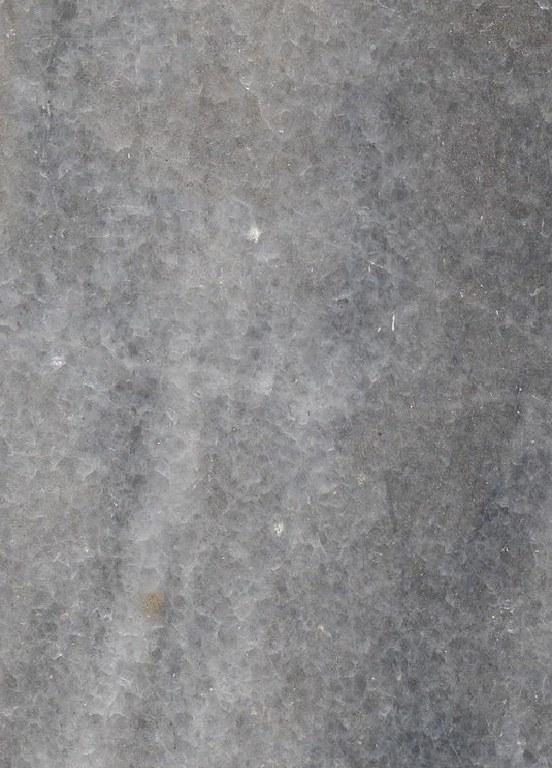 Triaches Escuro M548