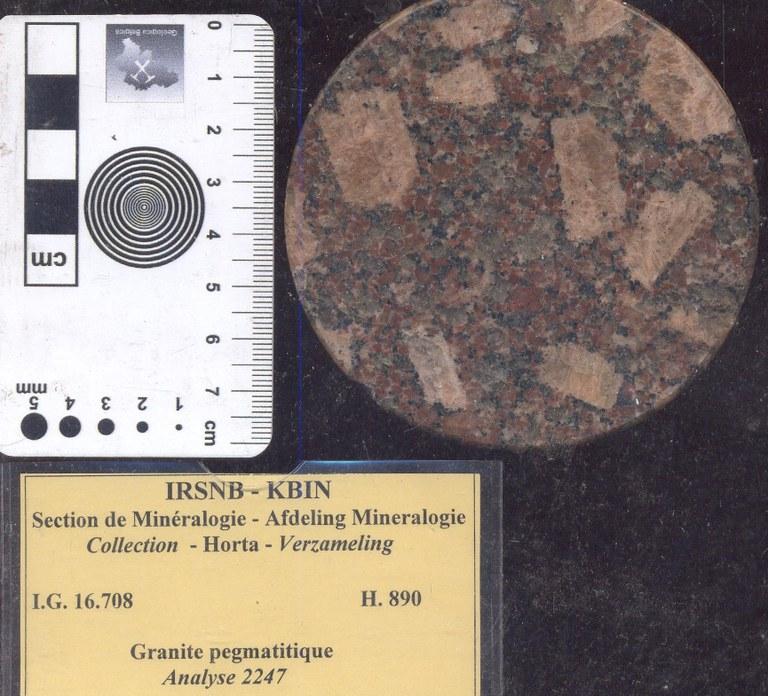H890 graniet pegmatiet.jpg