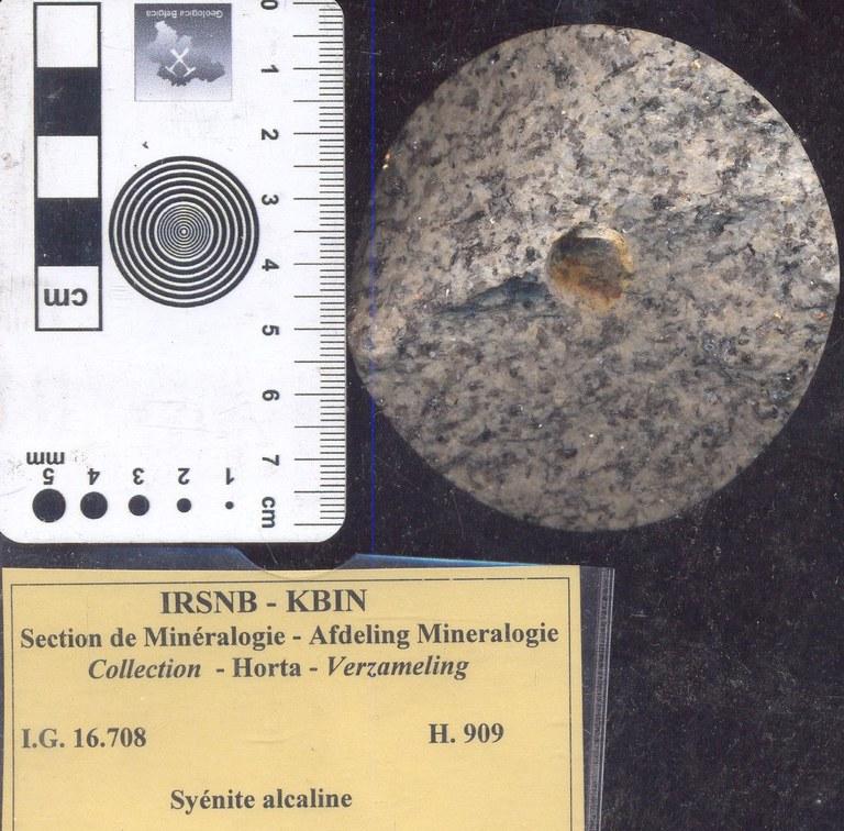 Syenite alkali H909