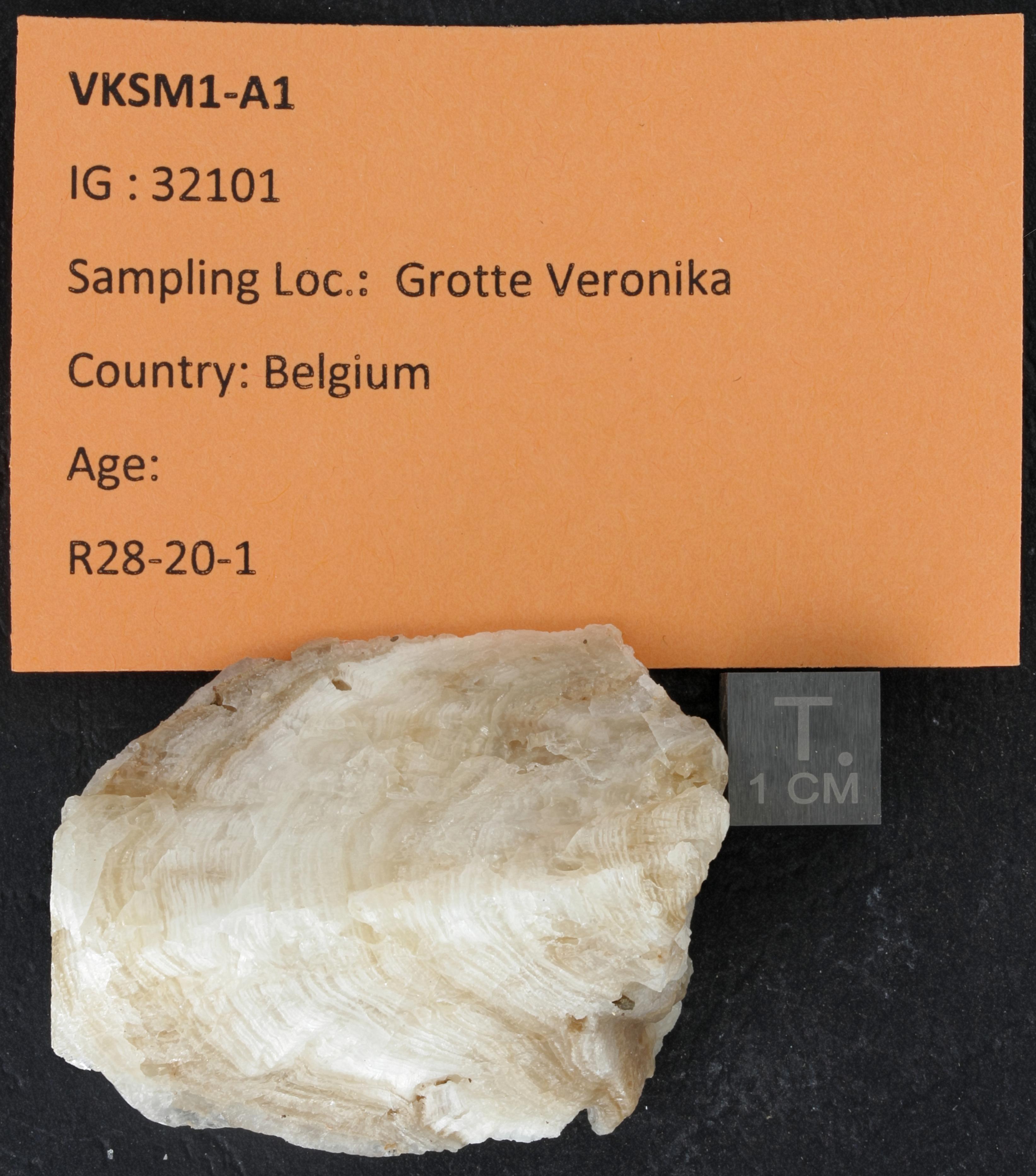 SPELEO-VKSM1-A1 ZS PMax_DxO.jpg
